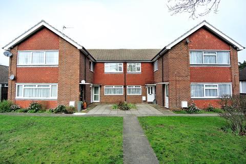 2 bedroom maisonette for sale - Ashgrove Road, Ashford, TW15