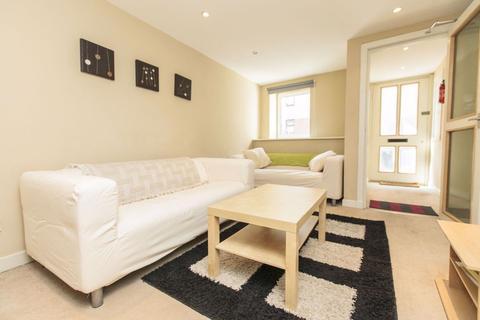 3 bedroom flat to rent - MURIESTON ROAD, DALRY, EH11 2JH
