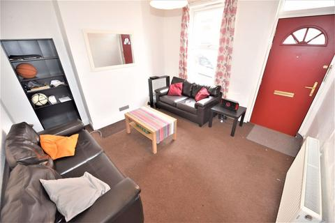 1 bedroom house share to rent - 10 Chiswick Terrace (HS)