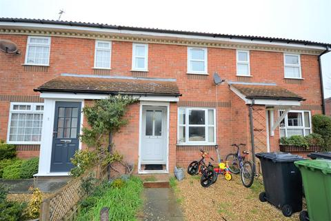 2 bedroom terraced house - Margaret Rose Close, King's Lynn