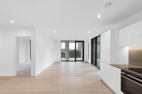 2 bedroom apartment for sale - Pinnacle House, Royal Wharf, E16