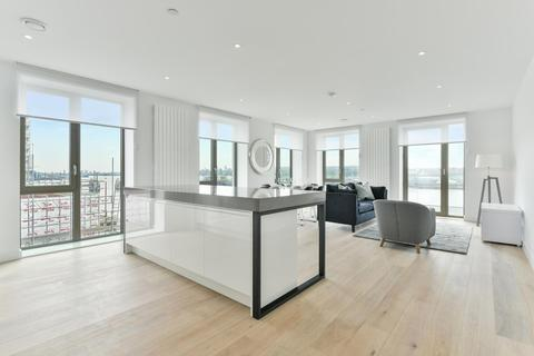 3 bedroom apartment - Marco Polo Tower, Royal Wharf, E16