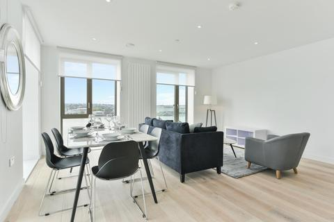 3 bedroom apartment for sale - Marco Polo Tower, Royal Wharf, E16