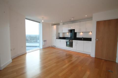 2 bedroom apartment to rent - Chatham Quays, Dock Head Road, Chatham, Kent, ME4 4ZF