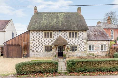 4 bedroom country house for sale - Wylye