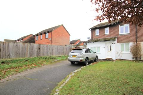 4 bedroom semi-detached house to rent - Rushmoor Gardens, Calcot, Reading, Berkshire, RG31