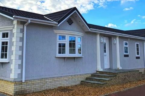 2 bedroom park home for sale - Residential Park Home, Bognor Regis, West Sussex