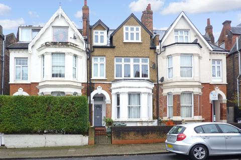 2 bedroom apartment - 18a Romola Road, London, SE24 9AZ