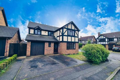 4 bedroom detached house to rent - Hillmanton,  Lower Earley,  RG6