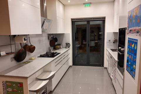 5 bedroom townhouse for sale - Old Montague Street, London, E1