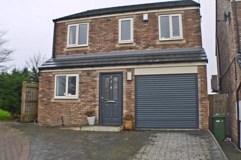 3 bedroom detached house for sale - Edgewell Court, Prudhoe, NE42