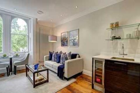 1 bedroom apartment - Garden House, London