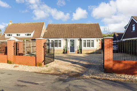 5 bedroom bungalow for sale - Ranvilles Lane,Fareham,PO14 3DX