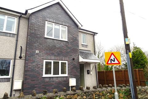 3 bedroom semi-detached house - Rhesdai'r Ysgol, Penrallt