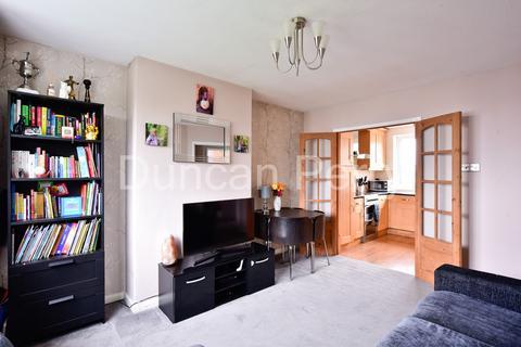 2 bedroom maisonette for sale - The Grove, Potters Bar