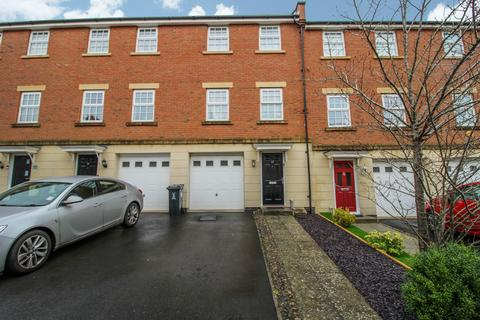3 bedroom townhouse for sale - Willington Road, Swindon