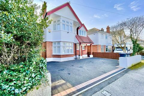 5 bedroom detached house for sale - Heatherlea Road, Bournemouth, BH6