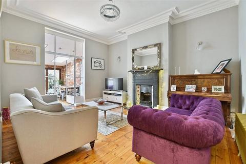 3 bedroom apartment for sale - Park Avenue, Willesden