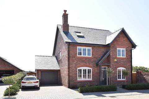 5 bedroom detached house to rent - Knutsford Road, Cranage