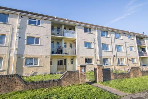 2 bedroom apartment - St. Lukes Avenue, Penarth