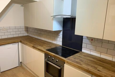 1 bedroom flat share to rent - Ashford Road, Maidstone, Kent, ME14