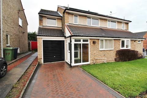 4 bedroom semi-detached house for sale - Berwick, Oxclose, Washington, Tyne and Wear, NE38