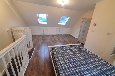6 bedroom end of terrace house to rent - Ambassador Square, Docklands / Greenwich, London, E14 9UX