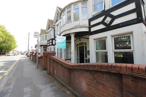 1 bedroom apartment to rent - 1 Bedroom In Leagrave with Parking