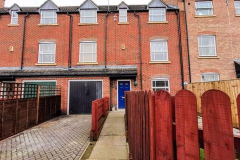 3 bedroom terraced house for sale - Wedgewood Street, Aylesbury