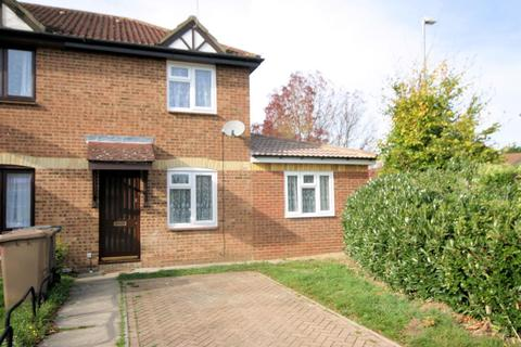 3 bedroom end of terrace house to rent - Elveden Close, Bushmead, Luton