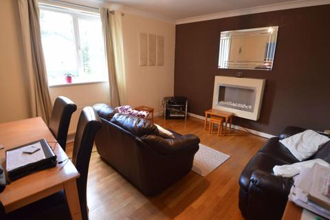 2 bedroom flat to rent - 377 Stretford Road