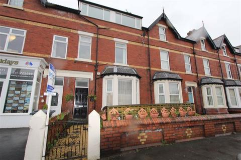 1 bedroom apartment - St. Davids Road South, Lytham St. Annes, Lancashire