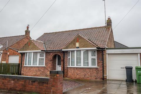 2 bedroom detached bungalow to rent - Bedale Avenue, York