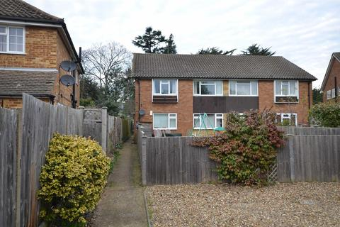 2 bedroom maisonette to rent - The Grove, Teddington