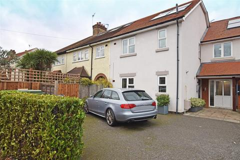 4 bedroom semi-detached house for sale - Broad Lane, Hampton
