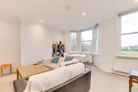 4 bedroom flat - Chiswick Lane, London