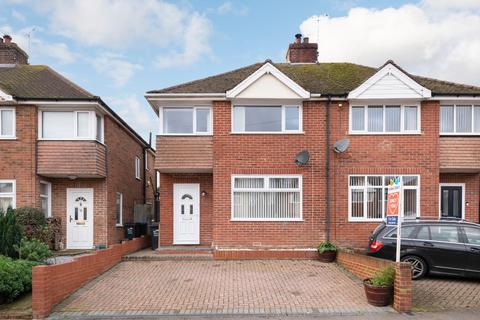 3 bedroom semi-detached house - St. Mildreds Avenue, Broadstairs