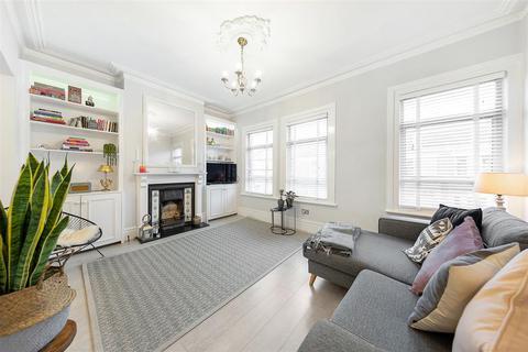 2 bedroom flat - Solon Road, SW2