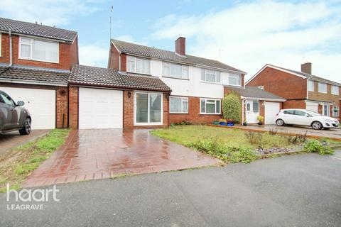 3 bedroom semi-detached house for sale - Galston Road, Luton