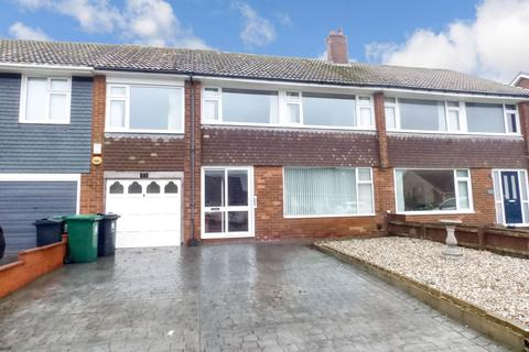 4 bedroom semi-detached house - Woodburn Square, Whitley Lodge, Whitley Bay, Tyne and Wear, NE26 3JE