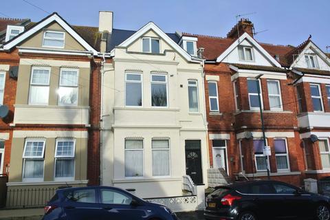 4 bedroom flat for sale - Windsor Road Opportunity