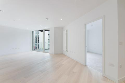 1 bedroom apartment for sale - Liner House, Royal Wharf, London, E16