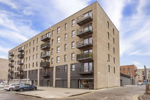 2 bedroom flat - 19/3 Salamander Place, Leith, Edinburgh, EH6 7JJ