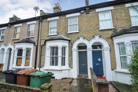 3 bedroom terraced house to rent - Calderon Road, Leytonstone, London, E11 4EU