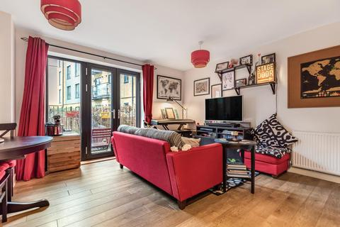 2 bedroom flat for sale - Broadwater Road, Tooting