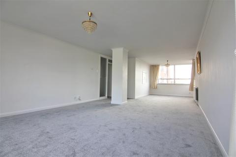 2 bedroom apartment to rent - Sussex Square, Eaton Road, Hove BN3
