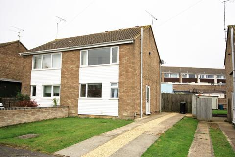 2 bedroom semi-detached house to rent - Chaucer Close, Royal Wootton Bassett, SN4 8JX