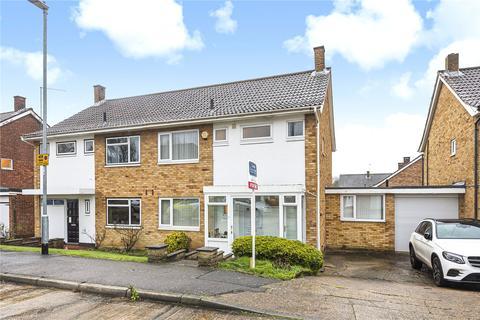 3 bedroom semi-detached house - Farmlands, Pinner, Middlesex, HA5