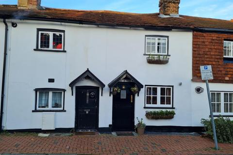 2 bedroom terraced house - Staines-Upon-Thames,  Spelthorne,  TW18