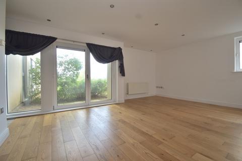 2 bedroom flat for sale - Erebus Drive London SE28
